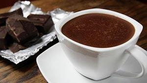 सेहत के लिये गर्म चाकलेट