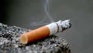 धू्म्रपान स्मोकिंग