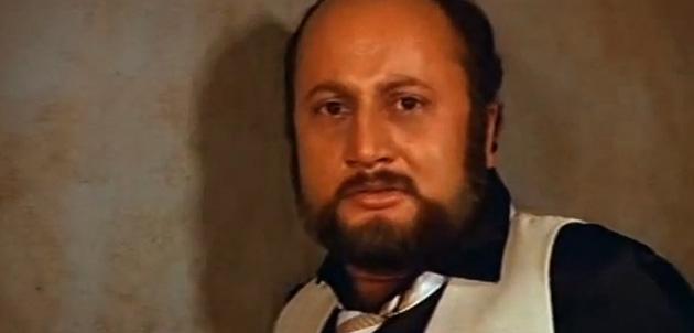 अनुपम खेर- 'डॉक्टर डैंग'