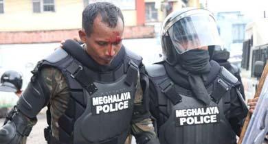 शिलांग मेघालय में हिंसा के बाद कर्फ्यू